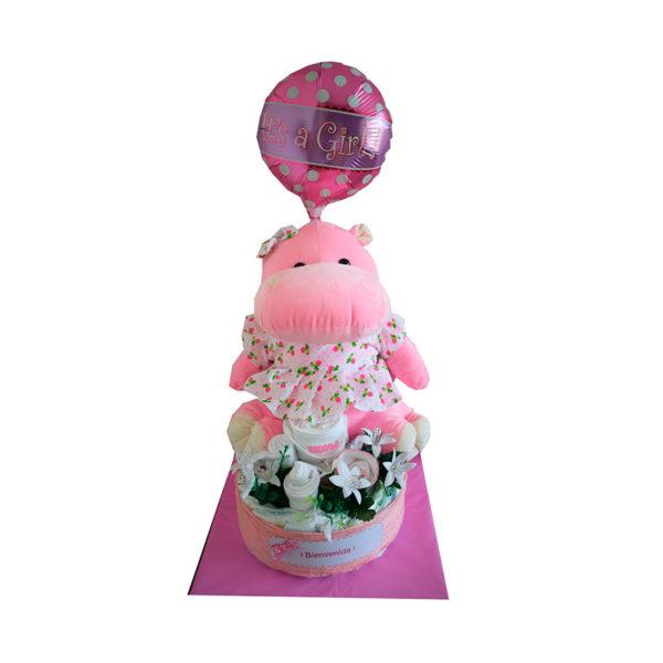 Torta de pañales, ajuar, peluche, flores y globo